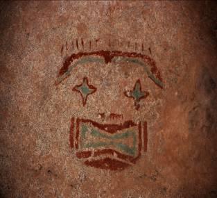 1000 Jahre alte Felszeichnungen findet man hier in vielen Höhlen und unter Felsvorsprüngen.