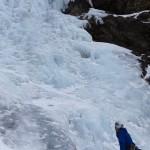 Easy Afternoon (2 Seillängen, WI4) - Die warmen Tage hatten dem Eisfall stark zugesetzt